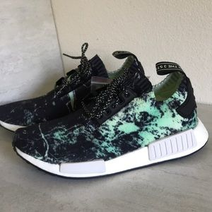 Adidas NMD R1 PK mens Sneakers